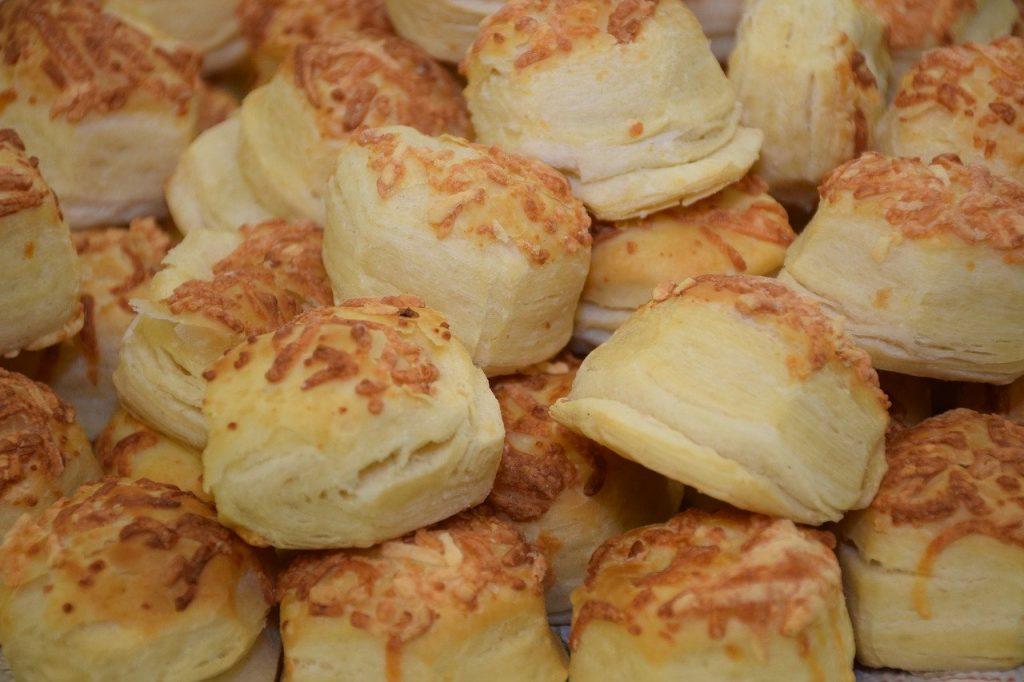 scone, flour, salt